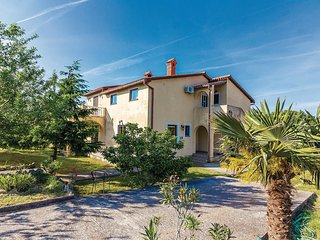 2 bedroom Apartment in Hrboki, Istarska Županija, Croatia - 5543372