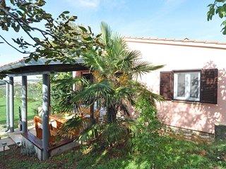 1 bedroom Villa in Pula, Istarska Županija, Croatia : ref 5313418