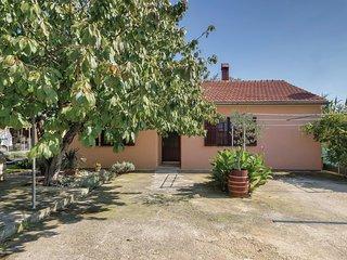2 bedroom Villa in Šikići, Istria, Croatia : ref 5520674