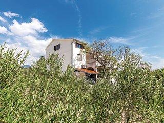 2 bedroom Apartment in Barbat, Primorsko-Goranska Zupanija, Croatia : ref 552159