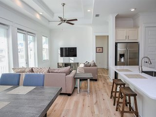 Prominence on 30A ❂ Rest Ashored ❂ Pet Friendly!