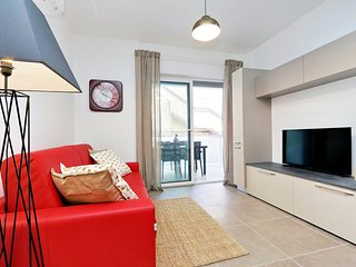 Domus Fede - New, cozy 1 bdr apt with balcony (nicely located)