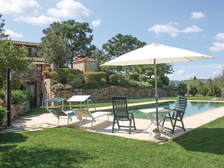 1 bedroom Apartment in Mattone, Tuscany, Italy - 5540329