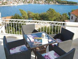 2 bedroom Apartment in Sumartin, Croatia - 5551517