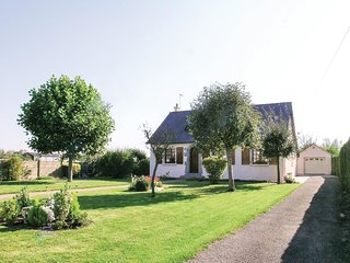 2 bedroom Villa in La Fresnais, Brittany, France - 5522075