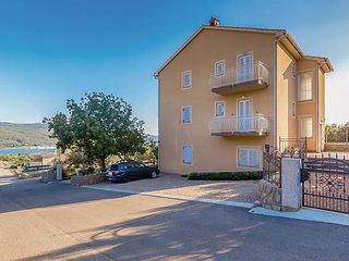 2 bedroom Apartment in Kornić, Primorsko-Goranska Županija, Croatia : ref 552121