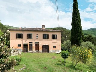 3 bedroom Villa in San Zeno, Tuscany, Italy : ref 5682880