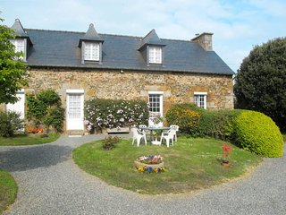 2 bedroom Villa in Pordic, Brittany, France - 5653242
