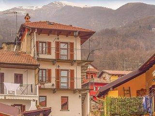2 bedroom Apartment in Casale Corte Cerro, Piedmont, Italy - 5622954