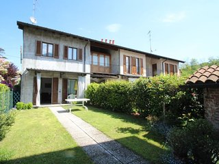 2 bedroom Apartment in Ispra, Lombardy, Italy : ref 5081348