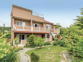 1 bedroom Apartment in Mundanije, Croatia - 5565157