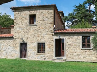 3 bedroom Villa in Adatti, Tuscany, Italy : ref 5682870