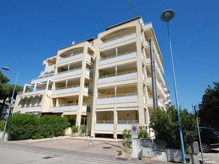 2 bedroom Apartment in Lido di Spina, Emilia-Romagna, Italy - 5583642