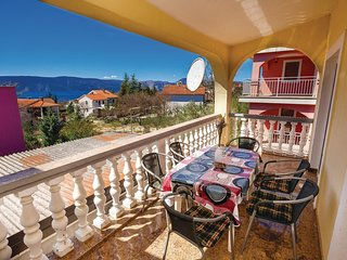 2 bedroom Apartment in Skrbčići, Croatia - 5564925