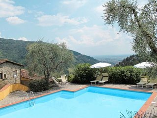 1 bedroom Apartment in Borgo San Lorenzo, Tuscany, Italy : ref 5655555