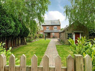 End Cottage - dog friendly - Pet friendly cottage