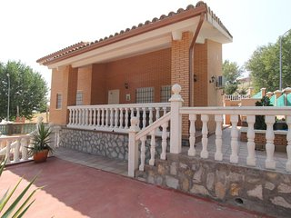 3 bedroom Villa in Sesena Nuevo, Castille-La Mancha, Spain - 5741943