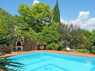 2 bedroom Apartment in Cuers, Provence-Alpes-Côte d'Azur, France - 5638203