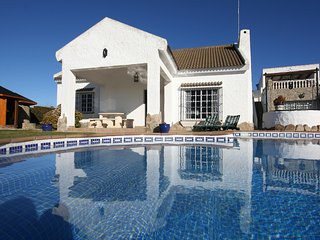 4 bedroom Villa in Barbate, Andalusia, Spain - 5700415