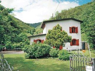 2 bedroom Villa in Villa di Piteccio, Tuscany, Italy - 5566931