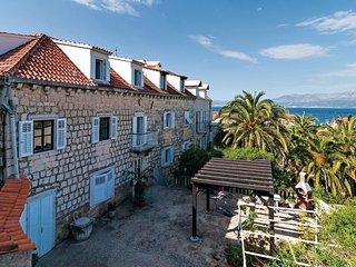 2 bedroom Apartment in Sutivan, Croatia - 5561861