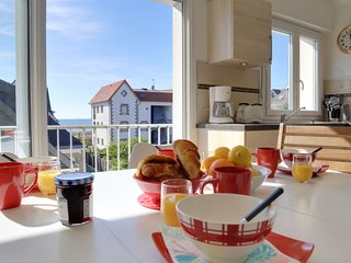 2 bedroom Apartment in Carnac, Brittany, France - 5678518