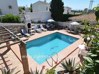 4 bedroom Villa in Sitio de Calahonda, Andalusia, Spain - 5700555