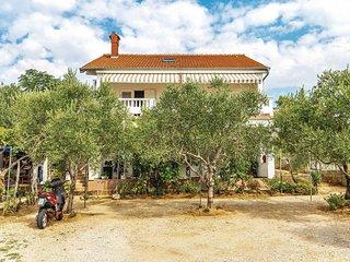3 bedroom Apartment in Barbat, Primorsko-Goranska Zupanija, Croatia - 5565158