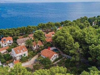 3 bedroom Villa in Jelsa, Splitsko-Dalmatinska Županija, Croatia : ref 5562559