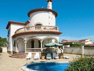 4 bedroom Villa in l'Hospitalet de l'Infant, Catalonia, Spain - 5702085