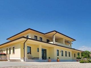 2 bedroom Apartment in Škrljevo, Primorsko-Goranska Županija, Croatia : ref 5521