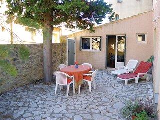 1 bedroom Villa in Saint-Quentin-la-Poterie, Occitanie, France - 5522266