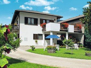 1 bedroom Apartment in Calceranica al Lago, Trentino-Alto Adige, Italy : ref 544