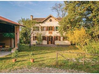 3 bedroom Villa in Luvigliano, Veneto, Italy - 5541152