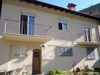 2 bedroom Apartment in Cannobio, Piedmont, Italy - 5557528