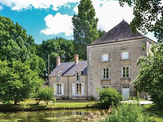 3 bedroom Villa in Huisseau-sur-Mauves, Centre, France - 5522198