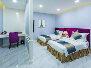 V Boutique Hotel - Standard Twin Room