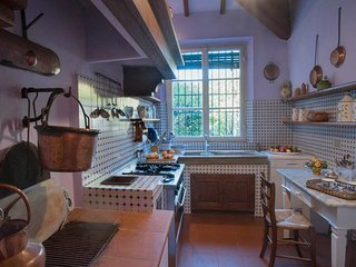 San Giuliano Terme Holiday Villa 27297