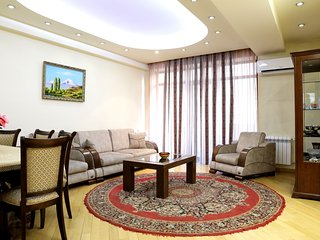 3 Bedroom apartment near Republic Square