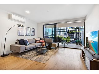 Bright boutique apartment on the edge of the CBD