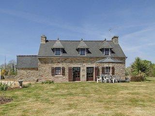 3 bedroom Villa in Moustoulgoat, Brittany, France - 5522039