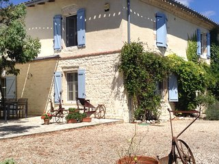 Maison Portal is a luxuriously renovated farmhouse with stunning 360' views