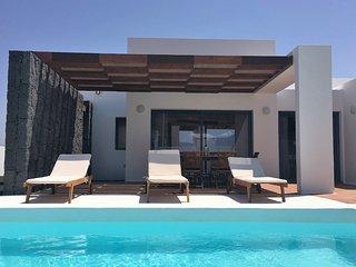 2 bedroom Villa in Playa Blanca, Canary Islands, Spain - 5700472