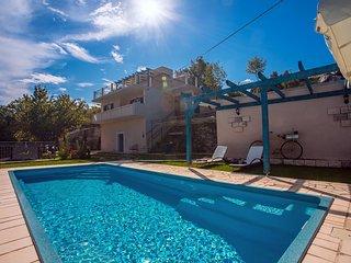 New! Villa Natura with private pool