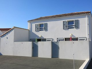 2 bedroom Villa in La Tranche-sur-Mer, Pays de la Loire, France - 5448159