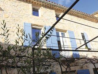 2 bedroom Villa in Raphèle-lès-Arles, France - 5571543
