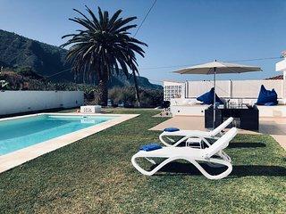 Traumhaftes Haus mit eigenem Pool direkt am Meer in Tenerife