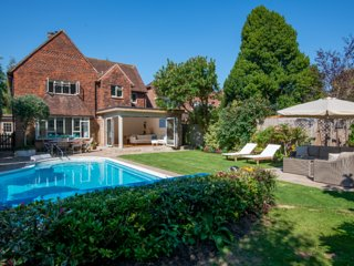 Beautiful Detached House in Chichester only 2.8miles from the Goodwood Estate
