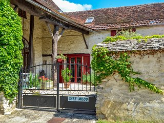 2 bedroom Villa in Le Petit Beru, Bourgogne-Franche-Comte, France - 5554386
