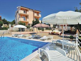 2 bedroom Apartment in Cosino, Zadarska Zupanija, Croatia - 5565245